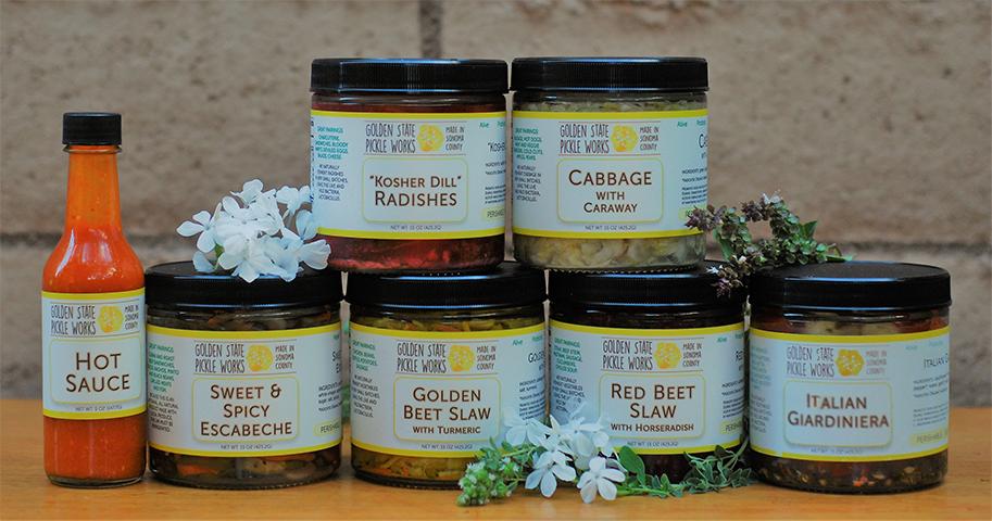 4 Jar Pickle Set